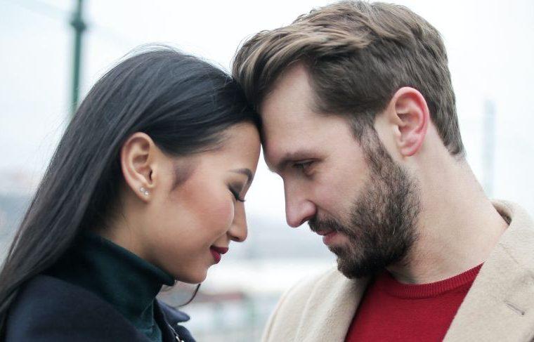 15 ehrliche Phasen, in denen sich ein Mann verliebt - Wie
